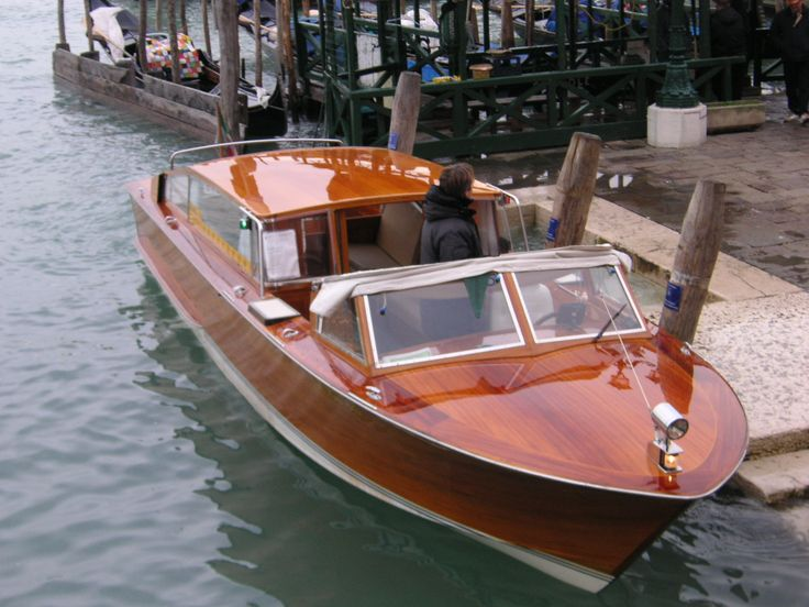 Venetian water taxi plans - Boat Design Forums | Cool stuff | Pinterest | Runabout boat, Classic ...