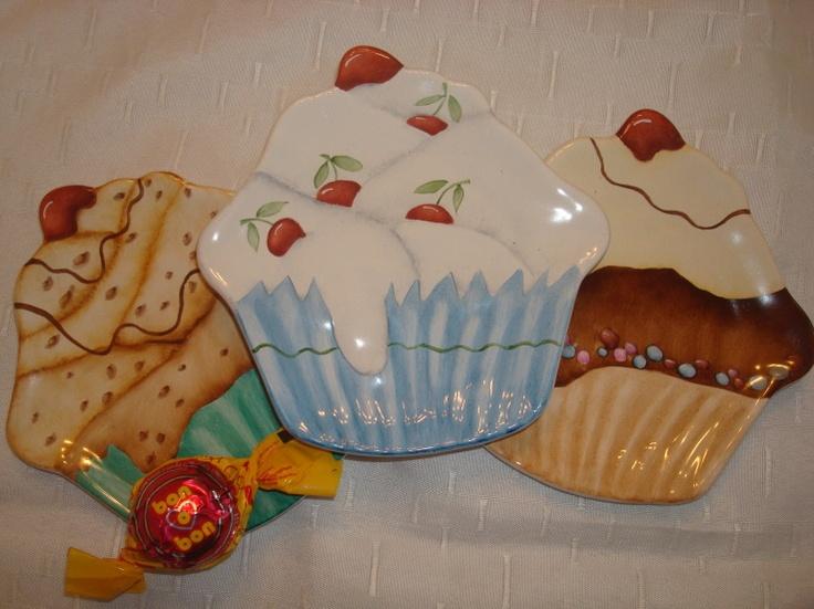 Cupcakes plates