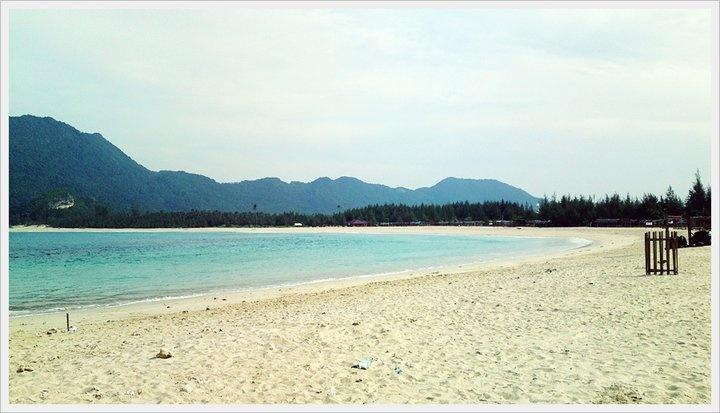 Lampu'uk Beach, Lhoknga - Aceh Besar, Indoensia.