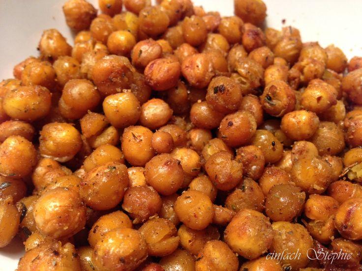 Würziger Kichererbsen-Snack selbst gemacht - und das ist so einfach und schnell zu machen. Nach Belieben scharf oder mild gewürzt, toll für Gäste. VEGAN