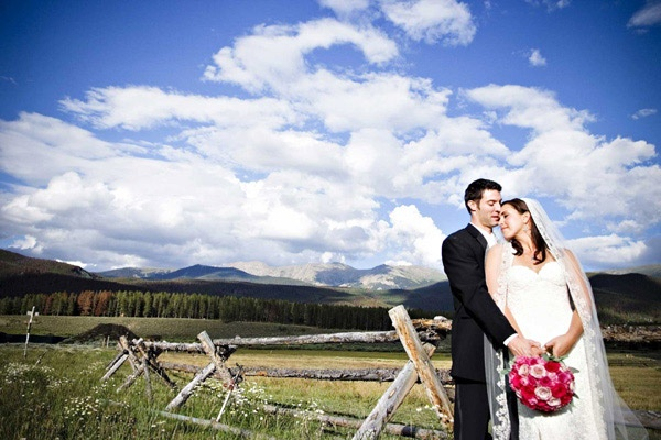 Wedding Photography Pictures:Capturing best shots | AntsMagazine.ComArt Wedding, Wedding Receptions, Wedding Photography, Outdoor Photography, Photography Wedding, Wedding Photos, Photography Tips, Perfect Wedding, Photography Pictures