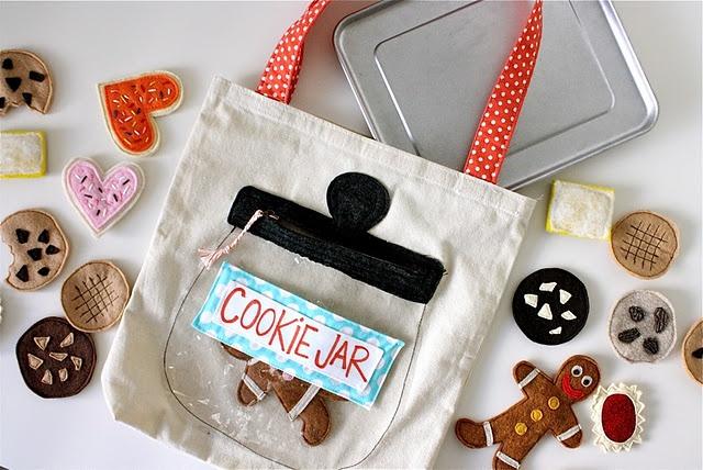 Cookie jarSchools Bags, Quiet Book, Felt Cookies, Fabrics Cookies, Cookie Jars, Activities Bags, School Bags, Jars Bags, Cookies Jars