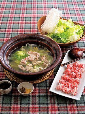 【ELLE a table】豚肉・レタス・ピーマンのしゃぶしゃぶ鍋レシピ エル・オンライン