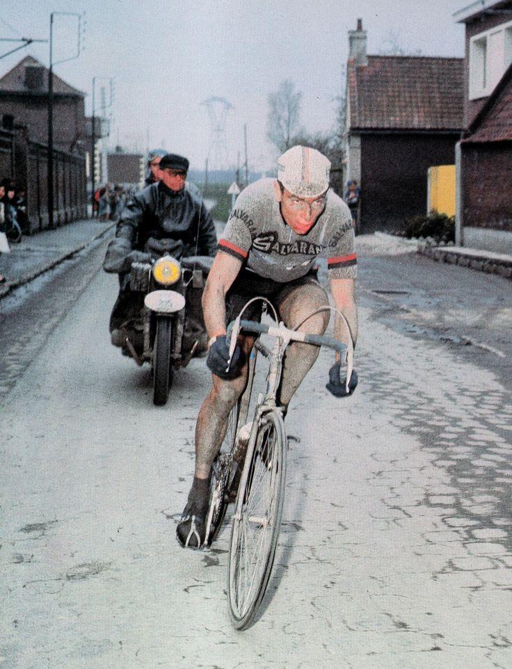 #ClassicVintageCycling - #FéliceGimondi won #ParisRoubaix in 1966.