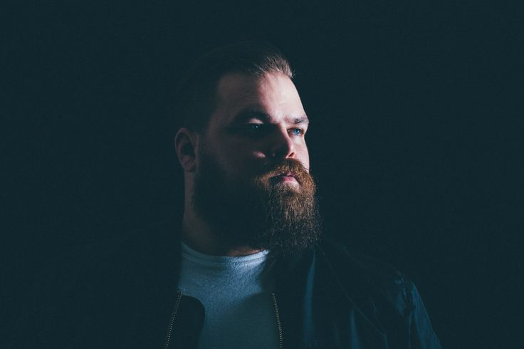 "The Landmark Mandarin Oriental, Hong Kong Presents New York's Com Truise In The Second Series Of "" MO Sound-Bites ""  https://www.luxurialifestyle.hk/the-landmark-mandarin-oriental-hong-kong-presents-new-yorks-com-truise-in-the-second-series-of-mo-sound-bites/"