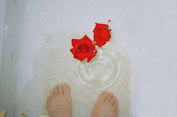 Roses water feet
