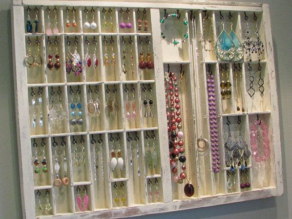 this is awesome!  What a cool way to organize/manage/store your jewelery.: Idea, Drawers Jewelry, Shabby Chic, Jewelry Displays, Printers Drawer