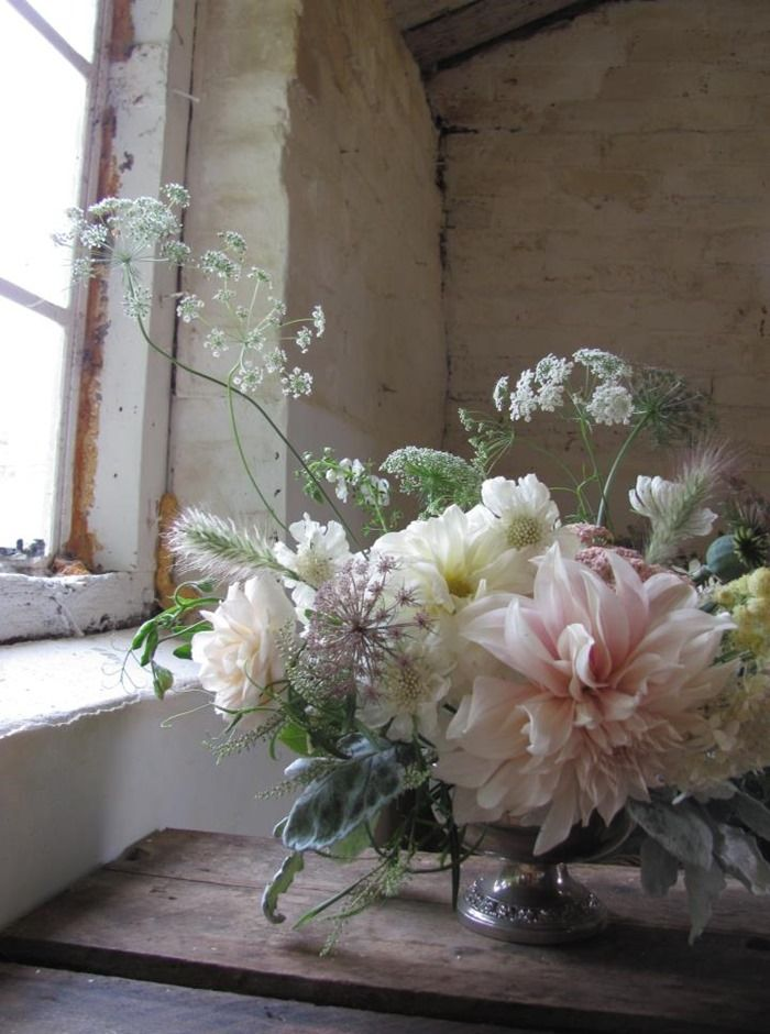 Stunning dahlia flower arrangement in a compote vase by the blue carrot #dahlia #flowers #compote