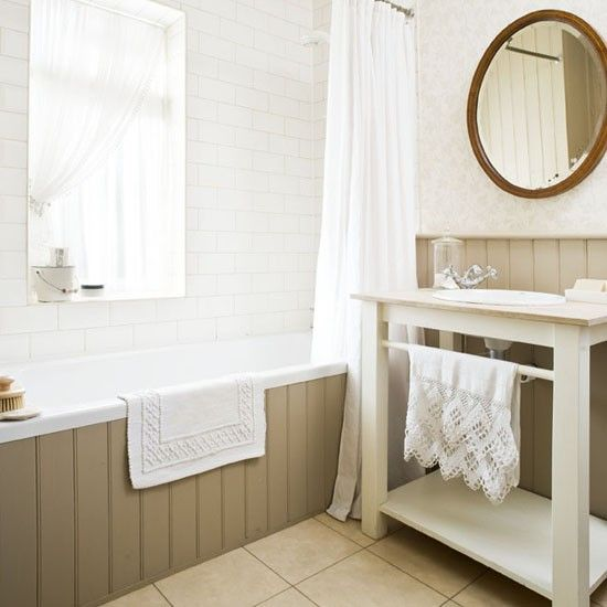 Bathroom | traditional | House tour | 1930s house | PHOTO GALLERY | 25 Beautiful Homes | housetohome