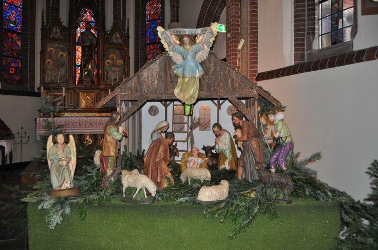 Medemblik – Het is een traditie dat op Eerste Kerstdag de deuren van de Sint Martinuskerk aan de Ridderstraat in Medemblik open staan voor het Kindje Wiegen. Al jaren komen jong en oud af op dit pr...