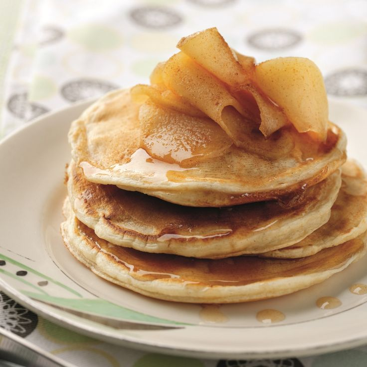Low Calorie Pancakes With Spiced Apples Recipe | BakingMad.com