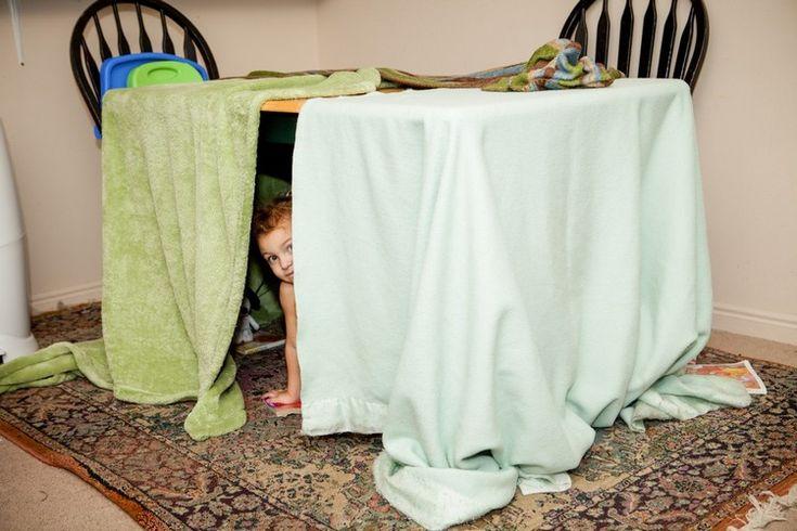beliebte spiele kinder drinnen höhle bauen unter tisch #kids #blankets #diy