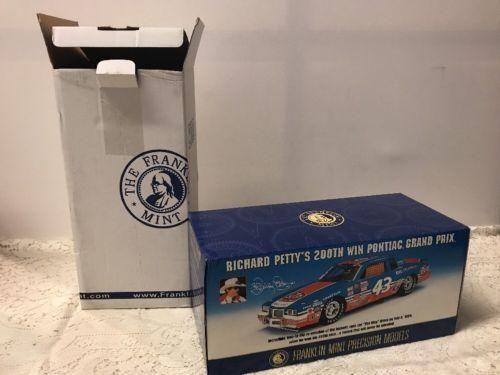 Franklin Mint Richard Petty 200th Win Pontiac Grand Prix 1/24 Diecast B11c354