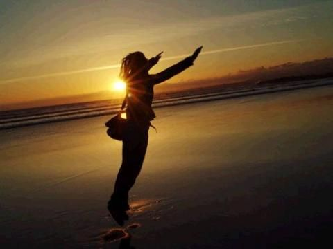 Veszteség feldolgozása  A Ho'oponopono segít nekünk, amikor elveszítünk valakit  Előfordul, hogy a halál elválaszt bennünket valakitől, akit szeretünk. Máskor meg mi tartjuk távol magunkat, vagy akivel együtt vagyunk, úgy dönt, hogy távol tart minket magától.  Tovább http://hooponoponoway.hu/blog_veszteseg