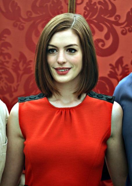 Anne Hathaway bob -- slightly shorter