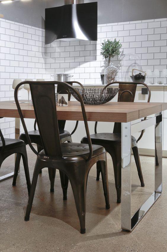 matte schwarze metallstühle | möbelideen, Esstisch ideennn