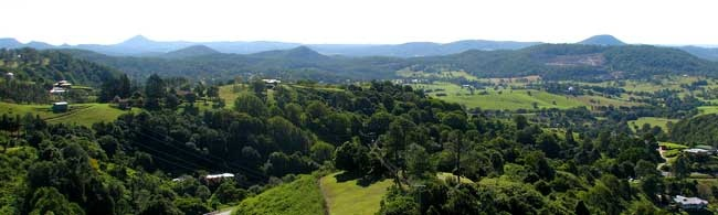 The Sunshine Coast's Mapleton Falls National Park is a renowned tourist spot often visited by a number of local and international tourists. Though it is a smaller park in comparison to other national parks in this area, it offers a number of scenic points and activities exclusively for the guests to enjoy.