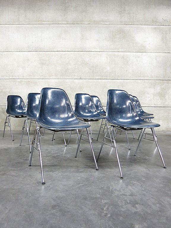 Vintage design Eames Herman Miller fiberglass shell chairs Vitra www.bestwelhip.nl