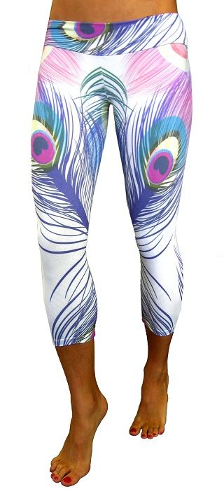 Tiempo Libre Peacock Capri Women Gym and Exercise