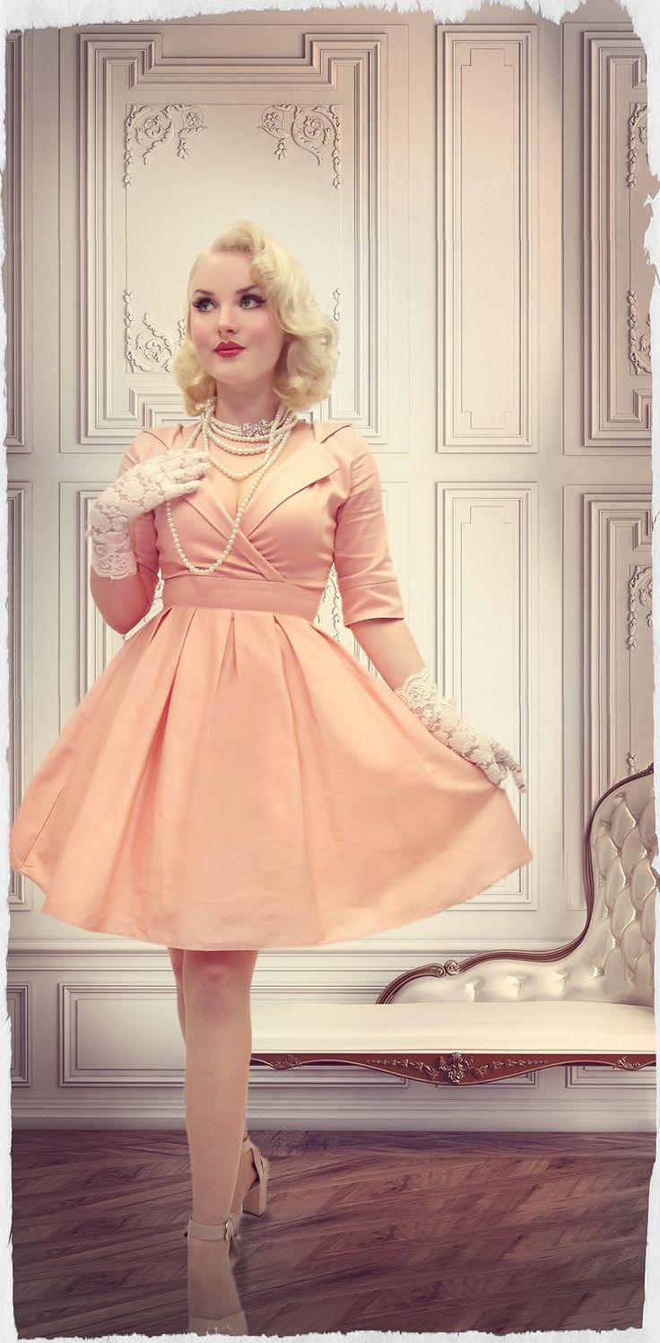 Petite Petale Collar Dress (Pink)