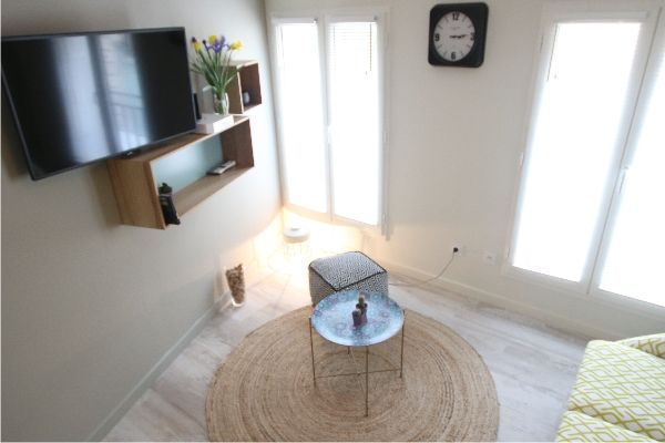 Relaxing Accommodation in luxury apartments in #Bordeaux