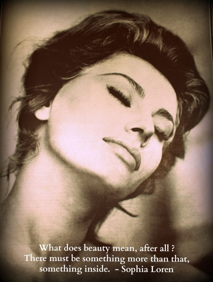 Sophia Loren, on beauty. Photographed for Life Magazine: Alfred Eisenstaedt, 1961. #quotes #fashion #beauty