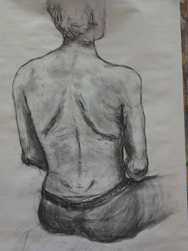 Studie figury (kresba přírodním uhlem)