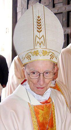 Ersilio Tonini (San Giorgio Piacentino, 20 luglio 1914 – Ravenna, 28 luglio 2013) è stato un cardinale e arcivescovo cattolico italiano.