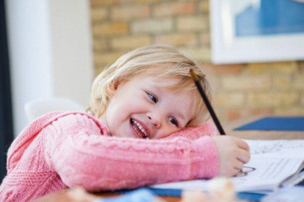 Come inculcare buone abitudini di studio al piccolo scolaro, quale dovrebbe essere il ruolo del genitore e come capire se ci sono disagi. I consigli sono emersi a una giornata di studio promossa dal Servizio di psicologia dell'apprendimento e dell'educazione dell'Università Cattolica di Milano