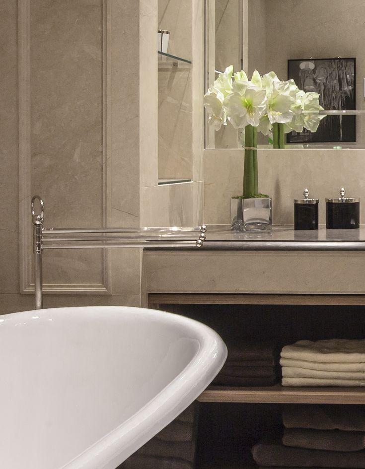 Apartment on Patriarshy . Bathroom , fragment.