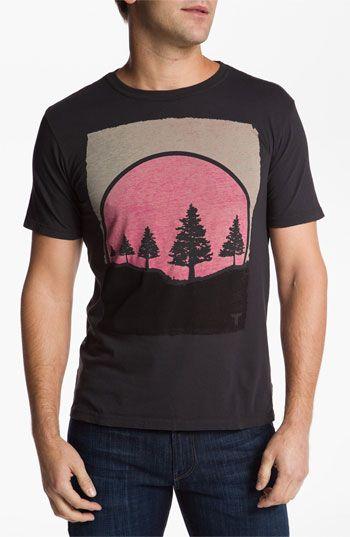 I just like this shirt...