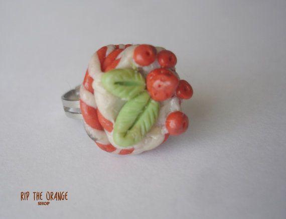 Strawberry Cake Rings