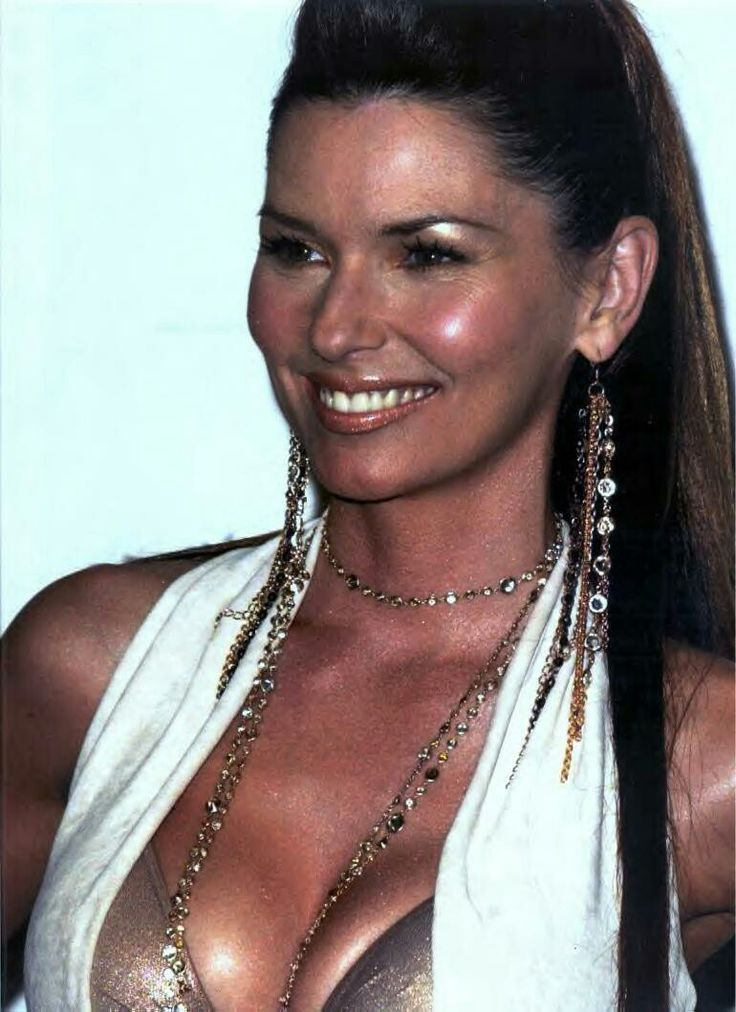"( ☞ 2017 ★ CELEBRITY MUSIC ★ SHANIA TWAIN "" Country ♫ country pop ♫ country rock ♫ pop ♫ "" ) ★ ♪♫♪♪ Eilleen Regina Edwards - Saturday, August 28, 1965 - 5' 4"" 110 lbs 36-24-35 - Windsor, Ontario, Canada."
