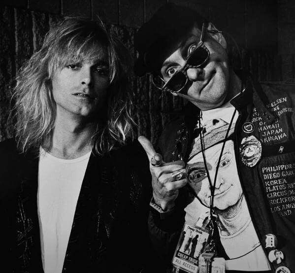 Cheap Trick Standing On The Edge