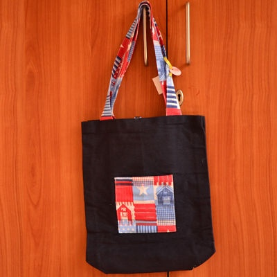 Roll it up, when not in use! Quirky tote bag