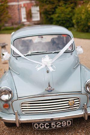 Little vintage wedding car via Love my dress.