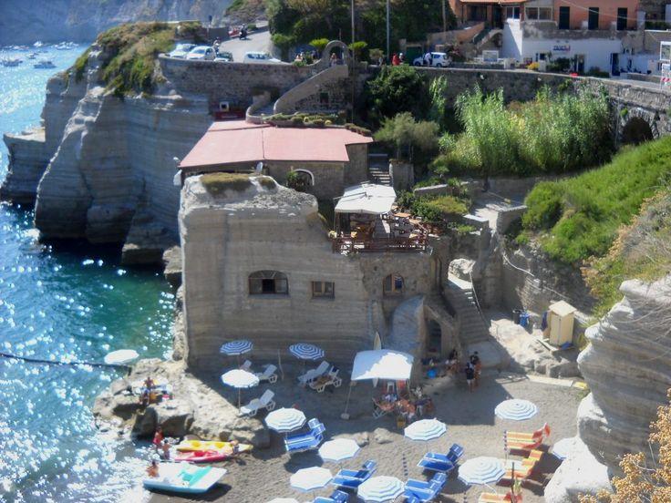 Saint Angelo - ostrov Ischia - Itálie