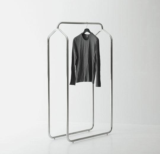 Minimal Freestanding Retail Fixture