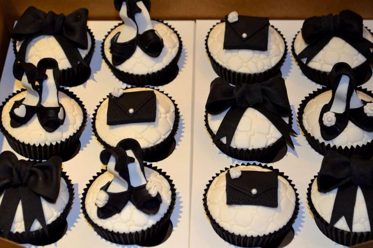 Shoes and Handbags Cupcakes