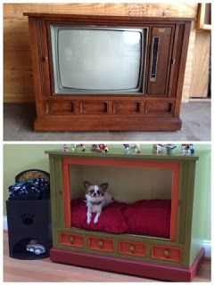 I want an old console TV so badly...more than one, preferably!