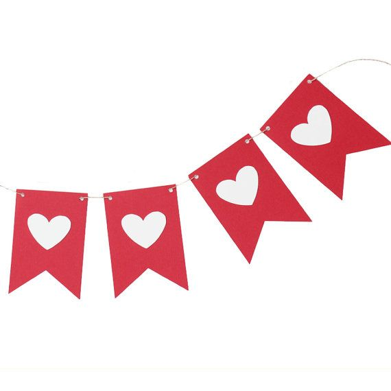 Valentine Flag Banner by MakeItMerryShop. Making it from felt squares!