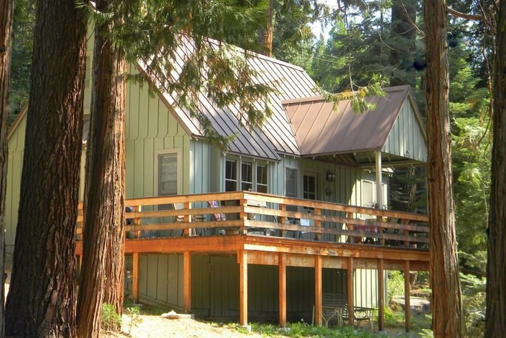 *** Pinecrest Cabin Rental: Riverfront Cabin -- very cute, 3 bed, $240/nt with no cleaning.  Avail all dates inc pres day.  Across st. from Strawberry Lodge, close to leland snow park too but lots of informal sledding around.