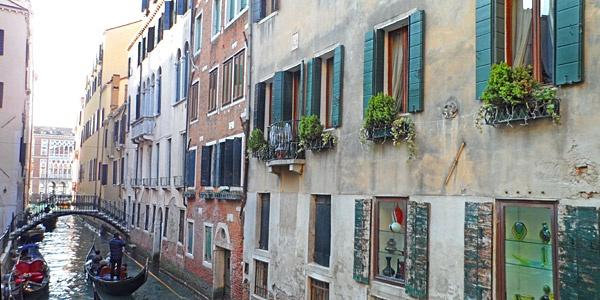 Gio & Gio, San Marco, Venice Hotel Reviews | i-escape.com. Win your dream city break with i-escape and Coggles. #Coggles #iescape #competition