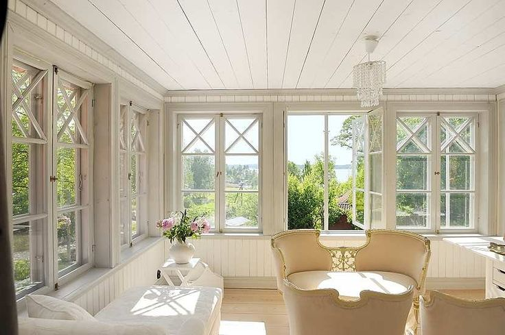 Scandinavian style sun room...where's my cup of tea?   Light, tea and tranquility!