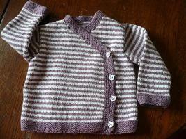 Cache-cœur  http://jauneyris.over-blog.com/article-un-cache-coeur-tricote-en-laine-fonty-pour-bebe-fille-6-mois-et-ses-explications-113369117.html