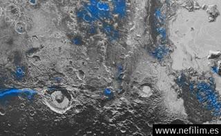 """New Horizons Encuentra """"Cielos Azules Y Hielo De Agua"""" En PlutóN"""