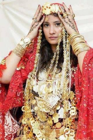 Tunisian Woman TUNISIA Pinterest Donna d'errico and