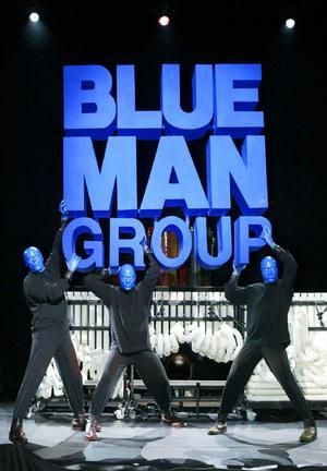 i would like to see the 'blue man group' - if for nothing more than to pay homage to tobias funke and the blue smudges he left all over the bluth's model home...
