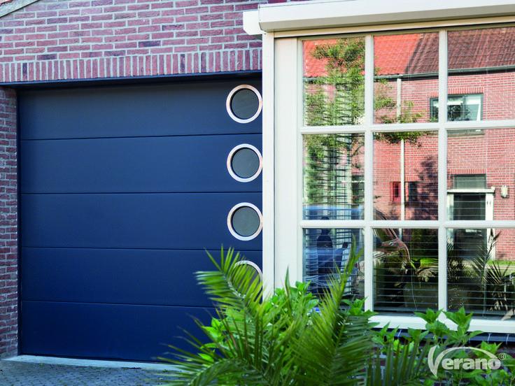 Wil jij jouw #garagedeur van meer gemak voorzien? Kies voor #vensters! #verano #garagedoors