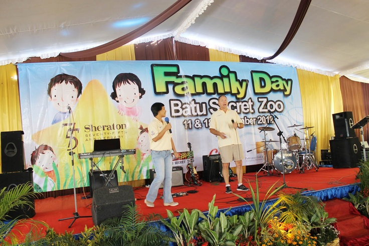 Sheraton Surabaya Hotel & Towers: Celebrating Family Day on 11 and 18 September 2012 in conjunction with Sheraton 75th Anniversary at Jatim Park 2 and Secret Zoo at Batu, Malang.
